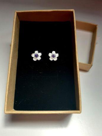 Nowe srebrne kolczyki kwiatuszki idealny prezent na chrzest komunię