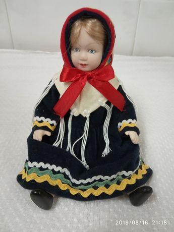 Bonecas de Porcelana Roupas Tradicionais