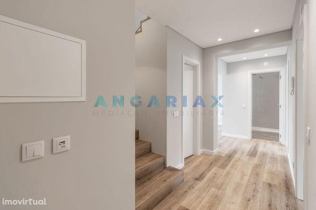 Apartamento T5 Triplex para Venda em Leiria