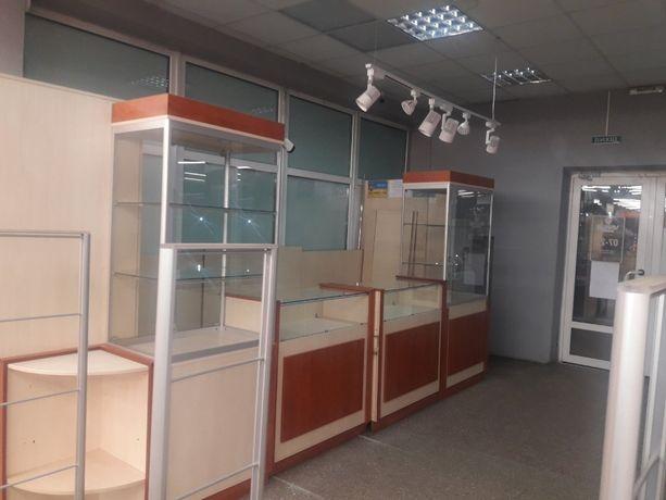 Аренда торгового помещения в прикассовой зоне супермаркета VARUS в ТЦ