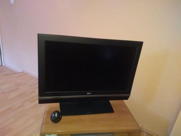 Telewizor LG 38 cali. Stan idealny.
