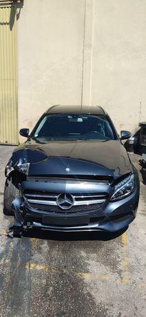 Mercedes c220 sinistrada