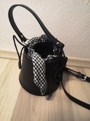 Mała nowa torebka