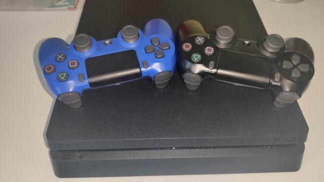 Konsola PS4 500gb 2 Pady 4 gry