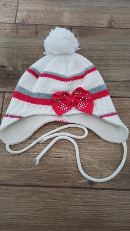 Śliczna czapka zimowa
