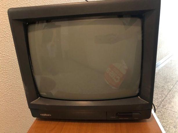 Televisão e suporte