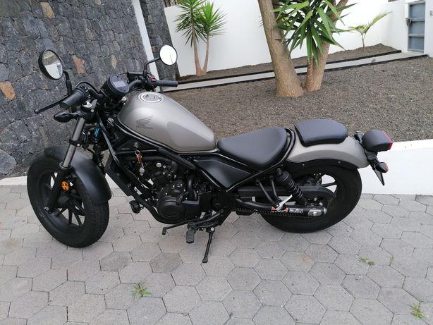 Moto rebel 500 semi nova Negociavel