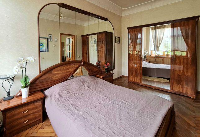 Мебель для спальни б/у (Италия)