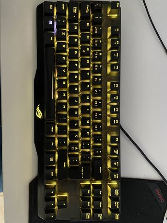 Teclado Mecanico Gaming Asus ROG Claymore RGB