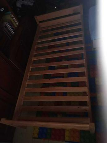 Sprzedam łóżko (stelaż) drewniany 90x200