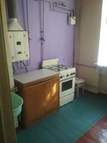 Продам трехкомнатную полнометражную  квартиру в Олександровском районе