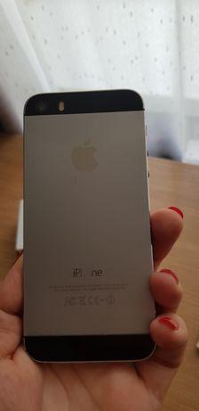 Телефон iPhone 5S 32 Gb