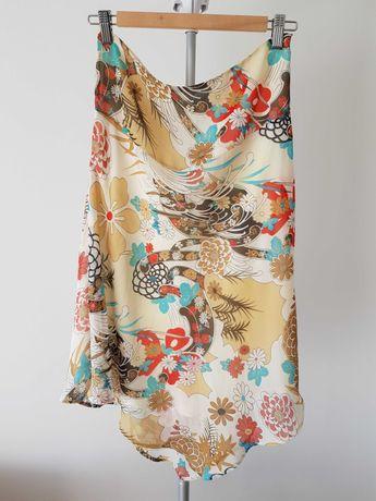 Zwiewna lekka spódnica w kwiaty