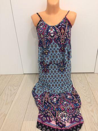 Sukienka letnia maxi w modne wzory