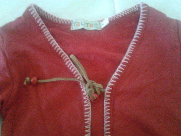 Casaco vermelho de Menina apertado á frente