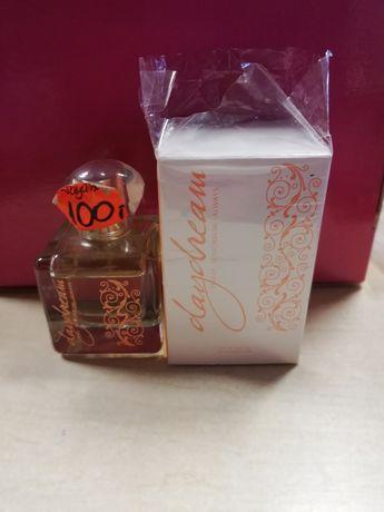 Sprzedam perfumy Daydream