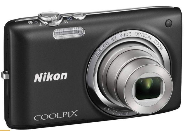 Kompaktowy Nikon Coolpix S2700 czarny aparat fotograficzny Powystawowy