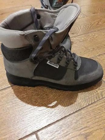 продам ботинки водонепроницаемые
