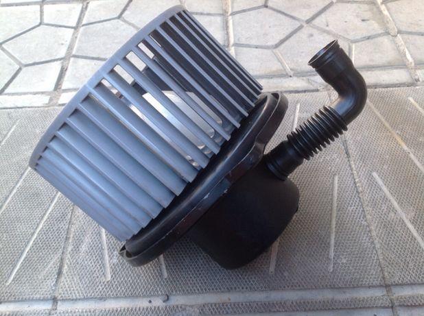 Вентилятор печки Hyundai Matrix Getz Accent Cerato CEED i30