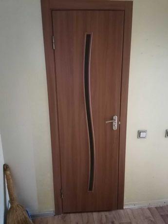 Двері міжкімнатні ,пошкоджена коробка