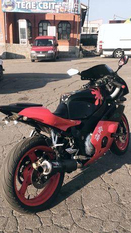 Продам Yamaha Fzr 400cc