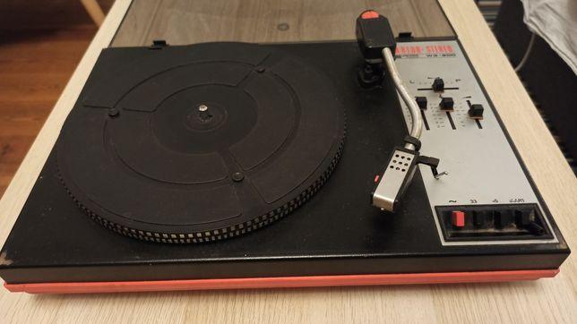Gramofon UNITRA WG-900 / uszkodzony