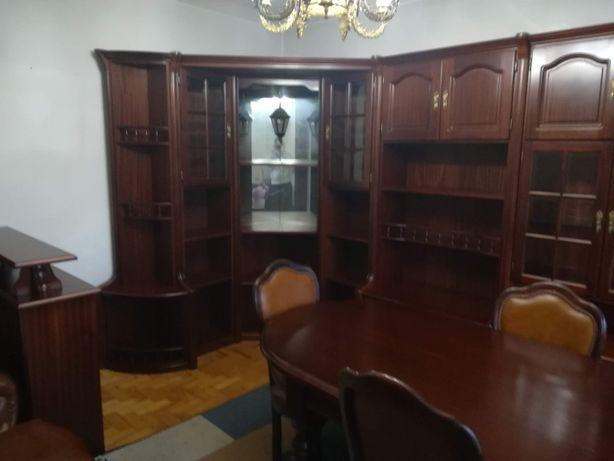 Mobília de sala em mogno
