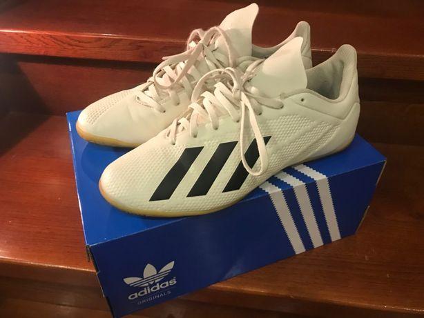 obuwie sportowe halówki Adidas