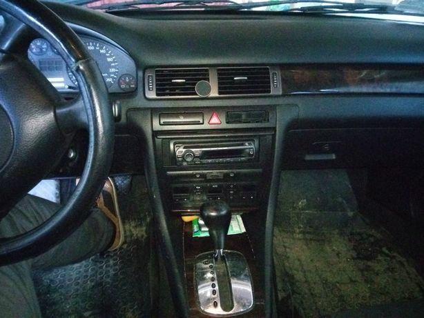 Audi A6 C5 2000r. 1.9 TDI 110 km automat