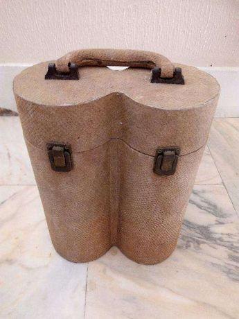 Caixa em madeira para garrafas