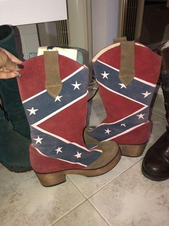 Várias botas e sapatos Senhora