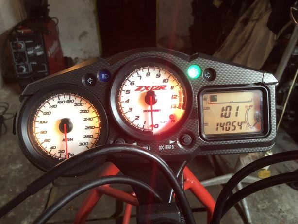 Zegary 14 tys KM SPRAWNE Kawasaki Zx 12 r
