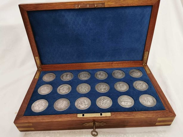 """Coleção de Medalhas em Prata 999 """" MANHÃ DO REINO - DA ESPADA À LEI """""""