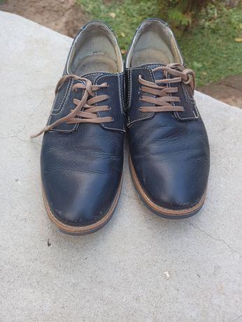 Шкіряні туфлі 39 розмір