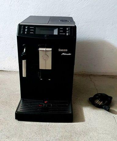 Máquina de café c/ moinho