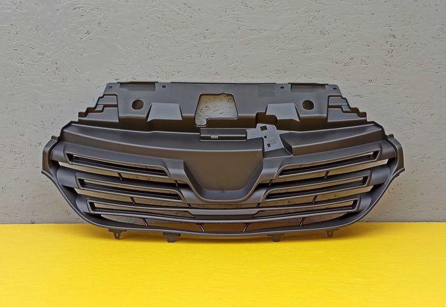 Решетка Решотка радиатора на Renault Trafic Opel Vivaro Рено Трафик
