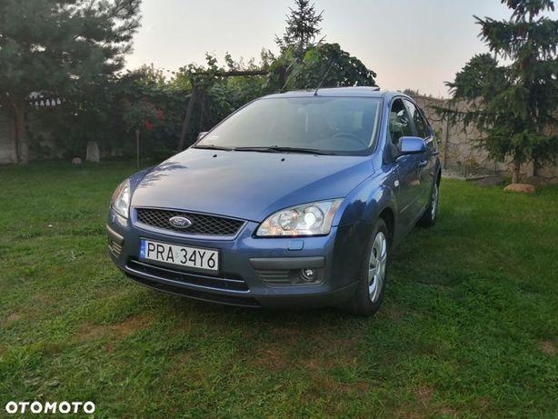 Ford Focus hatchback 2.0 benzyna, 145 KM, Prywatnie, Bogate wyposażenie ksenony