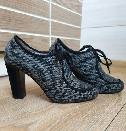Ботильоны бренда Queen shoes company