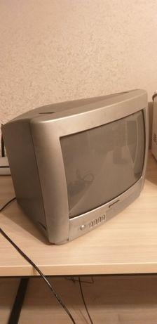Телевізор в хорошому стані