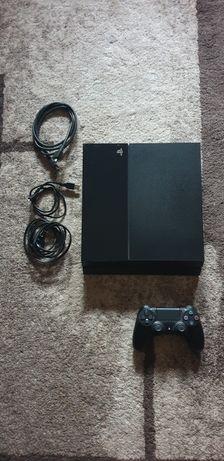 Playstation 4 / Ps4 500 gb           .