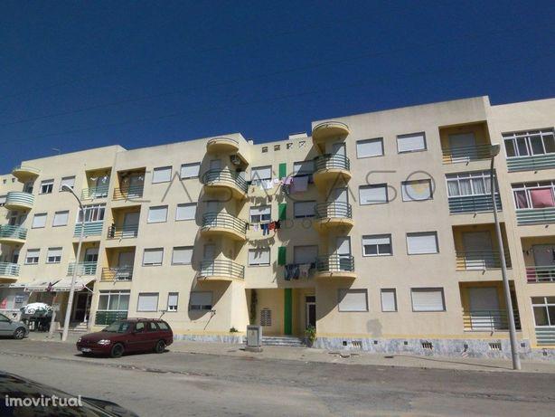 Apartamento com 1 quarto, varanda na zona tranquila de Va...