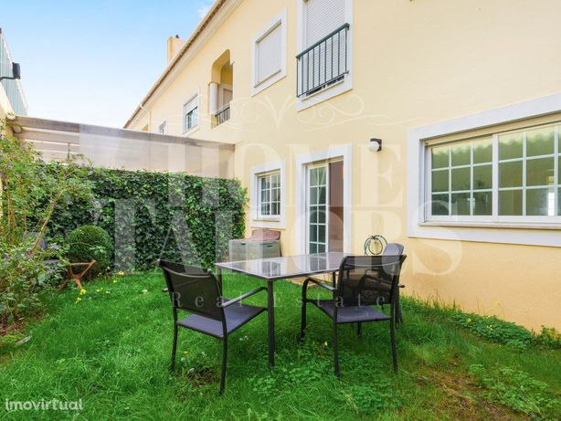 Apartamento T1 em Condomínio Fechado com Piscina, Terraço...