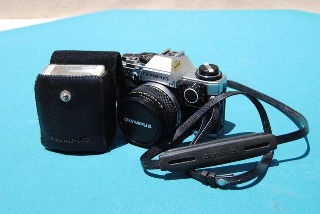 Olympus OM10 + F. Zuiko Auto-S 1:1.8 f=50mm + Flash T20