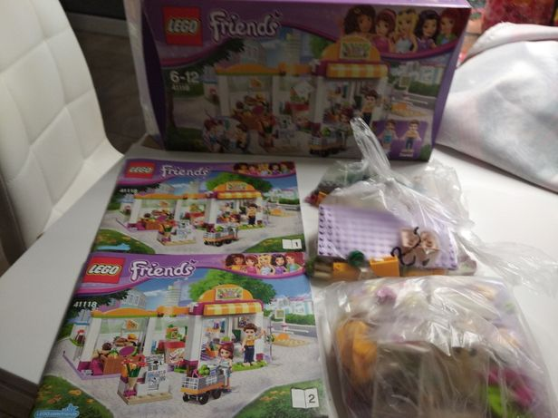 LEGO Friends 41118 market