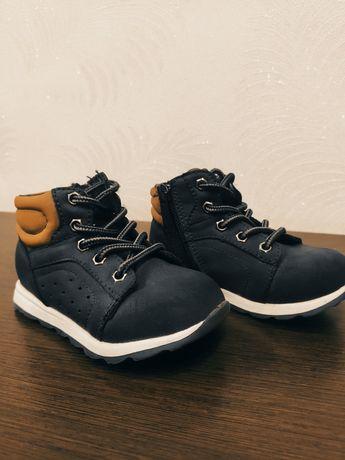 Черевики (ботинки) 22 розмір, 13,5 см стелька