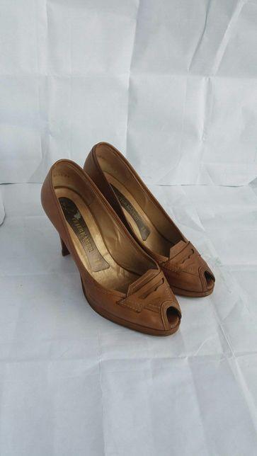 Кожаные туфли, Германия