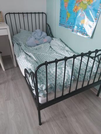 Łóżko minnen ikea czarne metalowe transport materac