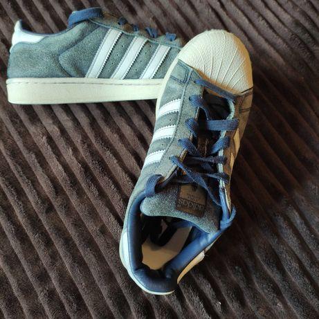 Adidas Superstar em Camurça 38