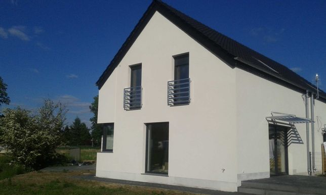 Nowy dom w zabudowie bliźniaczej  4-pokoje