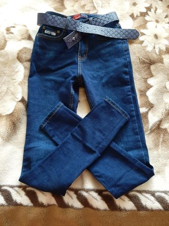 Продам джинсы 25 размер